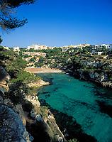 Spanien, Balearen, Mallorca, Cala Pi: Bucht und Strand | Spain, Balearic Islands, Mallorca, Cala Pi: bay and beach