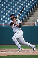 Akron RubberDucks designated hitter Nellie Rodriguez (25) at bat during the second game of a doubleheader against the Bowie Baysox on June 5, 2016 at Prince George's Stadium in Bowie, Maryland.  Bowie defeated Akron 12-7.  (Mike Janes/Four Seam Images)