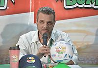 PALMIRA - COLOMBIA, 21-08-2019: Cesar Caicedo (C), Presidente de Colombina, Rodrigo Cobo (Der), Gerentee del Deportivo Cali, y Harold Aguirre, jugador, hicieron la presentación de la Copa Bon Bon Bum 3019 durante rueda de prensa en el estadio Deportivo Cali de la ciudad de Palmira. / Cesar Caicedo (C), CEO of Colombina, Rodrigo Cobo (R), Manager of Deportivo Cali, and Harold Aguirre, player, presented the Bon Bon Bum Cup 2019 during the press conference at Deportivo Cali stadium in Palmira city. Photo: VizzorImage / Gabriel Aponte / Staff