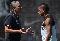 SÃO PAULO,SP, 14.09.2013 TREINO/CORINTHIANS/SP - Ralf e Tite  durante treino do Corinthians no CT Joaquim Grava na zona leste de Sao Paulo. (Foto: Alan Morici /Brazil Photo Press).