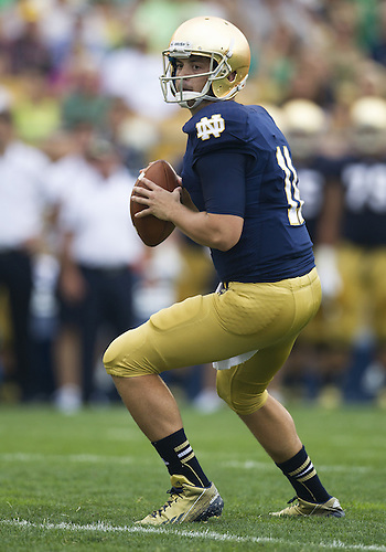 August 31, 2013:  Notre Dame Fighting Irish quarterback Tommy Rees (11) sets in the pocket in the first quarter of NCAA Football game action between the Notre Dame Fighting Irish and the Temple Owls at Notre Dame Stadium in South Bend, Indiana.  Notre Dame defeated Temple 28-6.