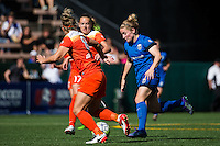 Seattle, Washington - Sunday, June 12, 2016: Seattle Reign FC midfielder Kim Little (8) drives to the goal during a regular season National Women's Soccer League (NWSL) match at Memorial Stadium. Seattle won 1-0.