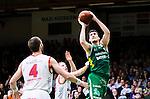 S&ouml;dert&auml;lje 2015-04-10 Basket SM-Semifinal 5 S&ouml;dert&auml;lje Kings - Sundsvall Dragons :  <br /> S&ouml;dert&auml;lje Kings Toni Bizaca i kamp om bollen med Sundsvall Dragons Jakob Sigurdarson och Hlynur Baeringsson under matchen mellan S&ouml;dert&auml;lje Kings och Sundsvall Dragons <br /> (Foto: Kenta J&ouml;nsson) Nyckelord:  S&ouml;dert&auml;lje Kings SBBK T&auml;ljehallen Sundsvall Dragons