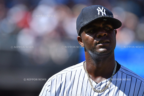 Michael Pineda (Yankees),<br /> JUNE 12, 2016 - MLB :<br /> Michael Pineda of the New York Yankees walks back to the dugout after the top of the fourth inning during the Major League Baseball game against the Detroit Tigers at Yankee Stadium in the Bronx, New York, United States. (Photo by Hiroaki Yamaguchi/AFLO)