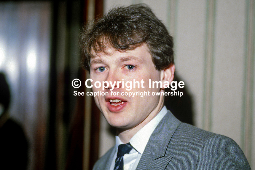 Stephen Eastwood, boxing promoter, Belfast, N Ireland, UK, son of Barney Eastwood, also a boxing promoter and founder of Eastwood chain of betting shops. 19840042SE2.<br />