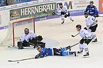Torwart Andreas Jenike (Nr.29, Thomas Sabo Ice Tigers), John Laliberte (Nr.15, ERC Ingolstadt), Patrick Koeppchen (Nr.5, Thomas Sabo Ice Tigers), Patrick Buzas (Nr.21, Thomas Sabo Ice Tigers) beim Spiel in der DEL, ERC Ingolstadt (blau) - Nuernberg Ice Tigers (weiss).<br /> <br /> Foto &copy; PIX-Sportfotos *** Foto ist honorarpflichtig! *** Auf Anfrage in hoeherer Qualitaet/Aufloesung. Belegexemplar erbeten. Veroeffentlichung ausschliesslich fuer journalistisch-publizistische Zwecke. For editorial use only.