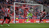 Jordan Pickford of Sunderland (C) grabs the ball during the Premier League match between Sunderland and Swansea City at the Stadium of Light, Sunderland, England, UK. Saturday 13 May 2017