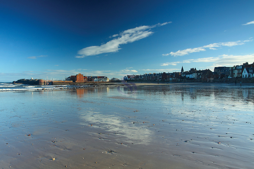 North Berwick and North Berwick Harbour from West Sands, East Lothian Coastline<br /> <br /> Copyright www.scottishhorizons.co.uk/Keith Fergus 2011 All Rights Reserved