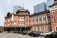 Taxis waiting outside the Tokyo train station.