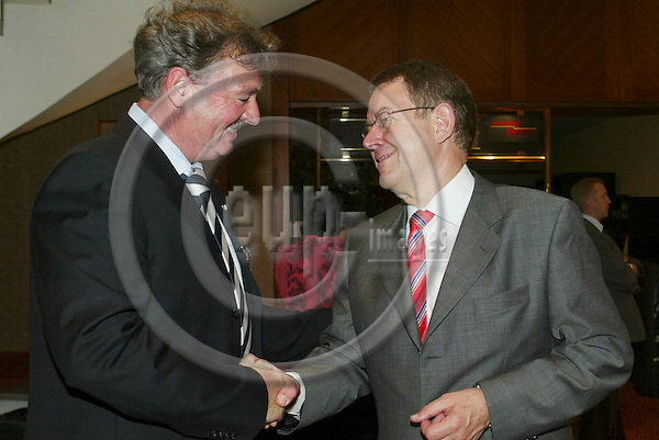 BRUSSELS - BELGIUM - 15 JUNE 2006 -- PARTY OF EUROPEAN SOCIALISTS (PES) Leaders pre Summit meeting -- From left Poul NYRUP RASMUSSEN, President of PSE, and Jean ASSELBORN, Minister for Foreign Affairs Luxembourg. PHOTO: ERIK LUNTANG / EUP-IMAGES