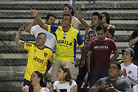 NEIVA - COLOMBIA, 08-09-2018: Hinchas del Huila animan a su equipo durante el partido entre Atlético Huila y Independiente Santa Fe por la fecha 9 de la Liga Águila II 2018 jugado en el estadio Guillermo Plazas Alcid de la ciudad de Neiva. / Fans of Huila cheer for their team during the match between Atletico Huila and Independiente Santa Fe for the date 9 of the Aguila League II 2018 played at Guillermo Plazas Alcid in Neiva city. VizzorImage / Sergio Reyes / Cont