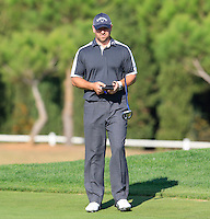 Craig Lee (SCO) on the 14th green during Thursday's Round 1 of the 2016 Portugal Masters held at the Oceanico Victoria Golf Course, Vilamoura, Algarve, Portugal. 19th October 2016.<br /> Picture: Eoin Clarke   Golffile<br /> <br /> <br /> All photos usage must carry mandatory copyright credit (© Golffile   Eoin Clarke)