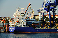 TURKEY, Istanbul, ships in harbor