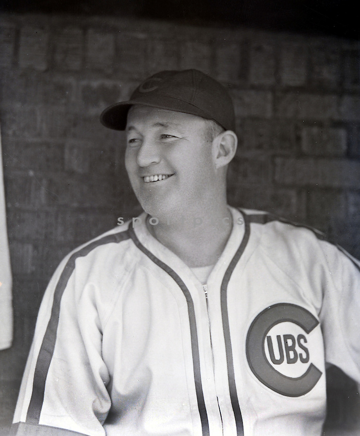 Chicago Cubs Gabby Hartnett (2) pre-game portrait from the 1930's.  Gabby Hartnett played for 2o years with 2 different teams, was a 6-time All-Star, 1935 National League MVP and was elected to the Baseball Hall of Fame in 1955.