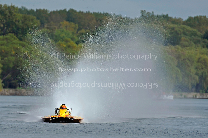 """Jeff Weddle, GNH-181 """"Miss Decatur""""  (Grand National Hydroplane(s)"""
