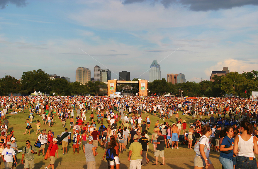 Concert goers gather at the main stage at the Austin City Limits Music Festival. <br />