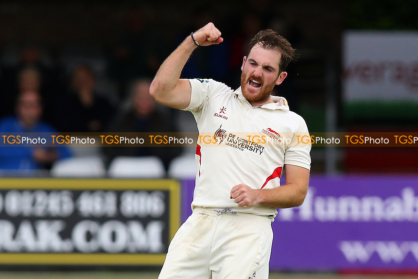 Ben Raine of Leicestershire claims the wicket of James Foster - Essex CCC vs Leicestershire CCC - LV County Championship Division Two Cricket at the Essex County Ground, Chelmsford, Essex - 31/05/15 - MANDATORY CREDIT: Gavin Ellis/TGSPHOTO - Self billing applies where appropriate - contact@tgsphoto.co.uk - NO UNPAID USE
