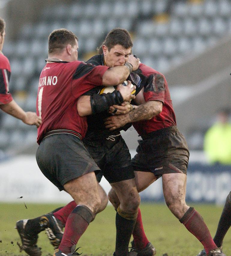 Photo. Jed Wee.Newcastle Falcons v Saracens, Parker Pen Challenge Cup, Kingston Park, Newcastle. 19/01/2003..Newcastle's Phil Dowson.