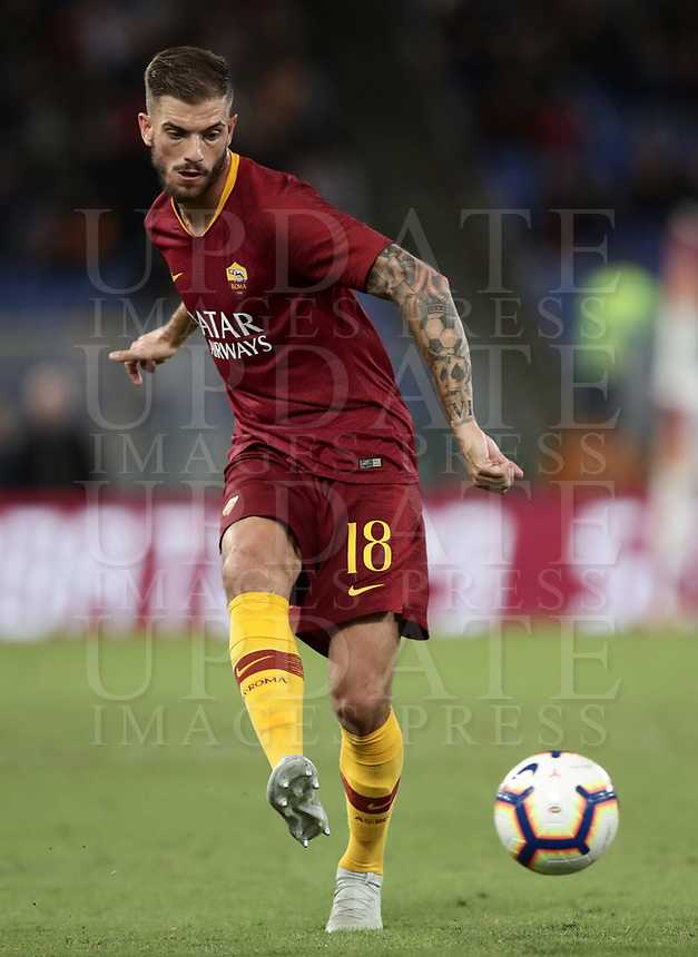 Football, Serie A: AS Roma - Frosinone, Olympic stadium, Rome, 26 September 2018. <br /> Roma's Davide Santon in action with during the Italian Serie A football match between AS Roma and Frosinone at Olympic stadium in Rome, on September 26, 2018.<br /> UPDATE IMAGES PRESS/Isabella Bonotto