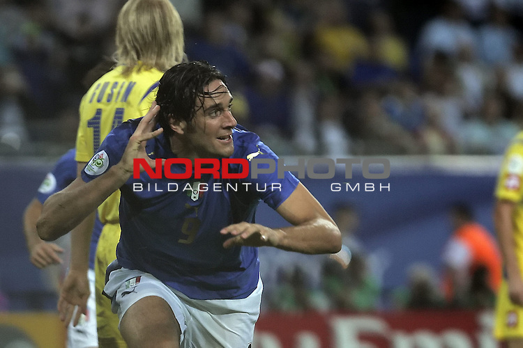 FIFA WM 2006 -  Quarter Final / Viertel Final<br /> Play    #58  (30 - Jun) - Italien - Ukraine<br /> <br /> Jubel zum 3:0 durch TONI Luca<br /> <br /> Foto &copy; nordphoto