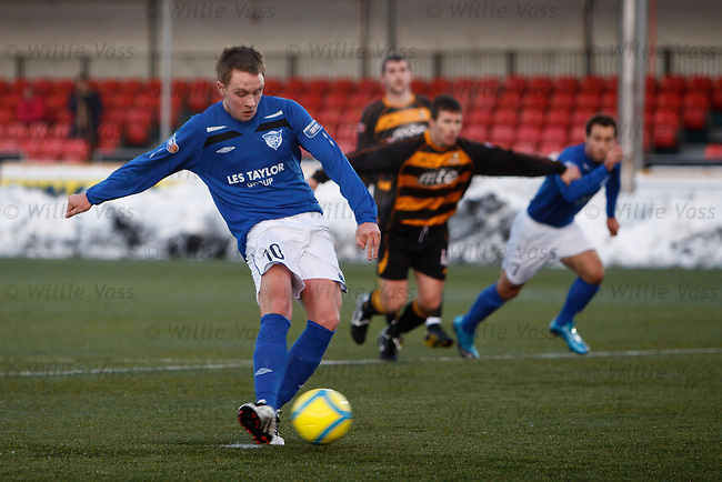 Ryan Strachan scores from the penalty spot for Peterhead