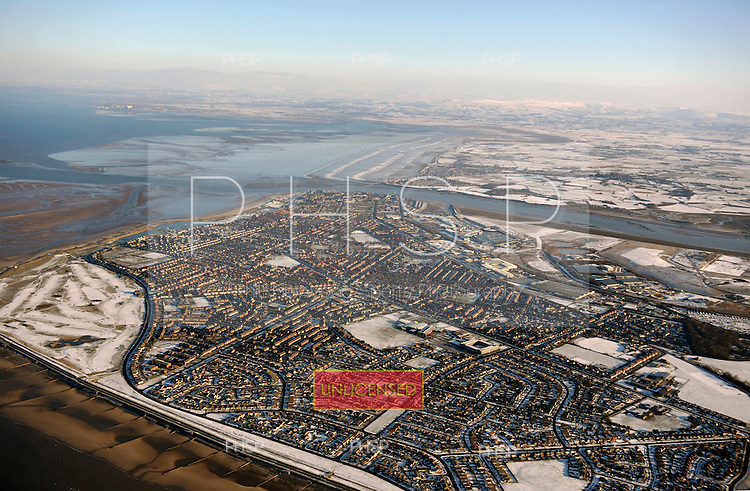 09/01/2010  Blackpool & Fylde Coast Aerial snow views..Fleetwood, Knott End, Over Wyre, North Lancashire....© Phill Heywood.