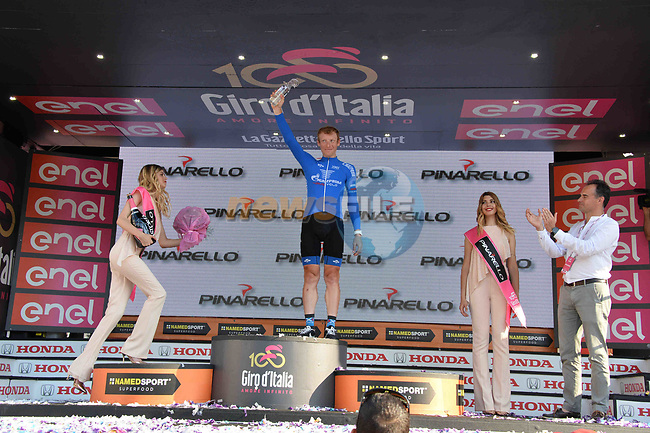 Pavel Brutt (RUS) wins the Fuga Pinarello classification at the end of Stage 21, the final stage of the 100th edition of the Giro d'Italia 2017, an individual time trial running 29.3km from Monza Autodrome to Milan Duomo, Italy. 28th May 2017.<br /> Picture: LaPresse/Gian Mattia D'Alberto | Cyclefile<br /> <br /> <br /> All photos usage must carry mandatory copyright credit (&copy; Cyclefile | LaPresse/Gian Mattia D'Alberto)