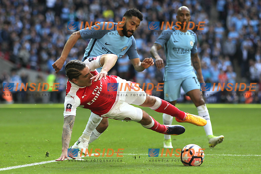 Hector Bellerin of Arsenal is challenged by Gael Clichy of Manchester City <br /> London 23/04/2017 <br /> Arsenal vs Manchester City - FA Cup Semi Final <br /> Foto Darren Staples/PHCImages / Panoramic/Insidefoto <br /> ITALY ONLY