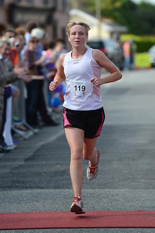 Ciara McGuinness comes home in the Duleek 10K run. Photo:Colin Bell/pressphotos.ie