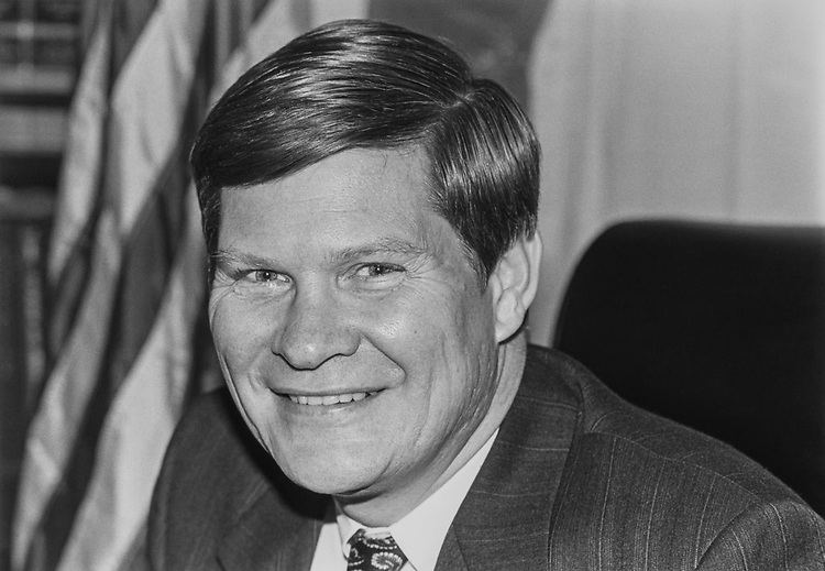 Portrait of Rep. Tim Johnson, D-S.D. 1992 (Photo Chris Ayers/ by CQ Roll Call via Getty Images)