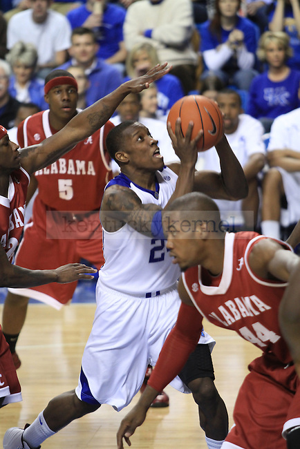 Freshman guard Eric Bledsoe works his way toward the basket during the second half of the UK men's basketball game against Alabama at Rupp Arena on Tuesday, Feb. 9, 2010. The Cats beat Alabama 66-55. Photo by Adam Wolffbrandt | Staff