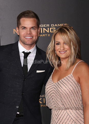 "Los Angeles, CA - November 16 Wes Chatham, Jenn Brown Attending Premiere Of Lionsgate's ""The Hunger Games: Mockingjay - Part 2"" At Microsoft Theater On November 16, 2015. Photo Credit: Faye Sadou / MediaPunch"