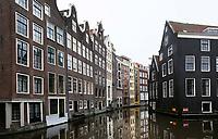 Nederland - Amsterdam 2018.  Huizen in het Wallengebied.   Foto Berlinda van Dam / Hollandse Hoogte