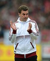 FUSSBALL   1. BUNDESLIGA  SAISON 2012/2013   8. Spieltag 1. FC Nuernberg - FC Augsburg       21.10.2012 Trainer Dieter Hecking (1 FC Nuernberg)