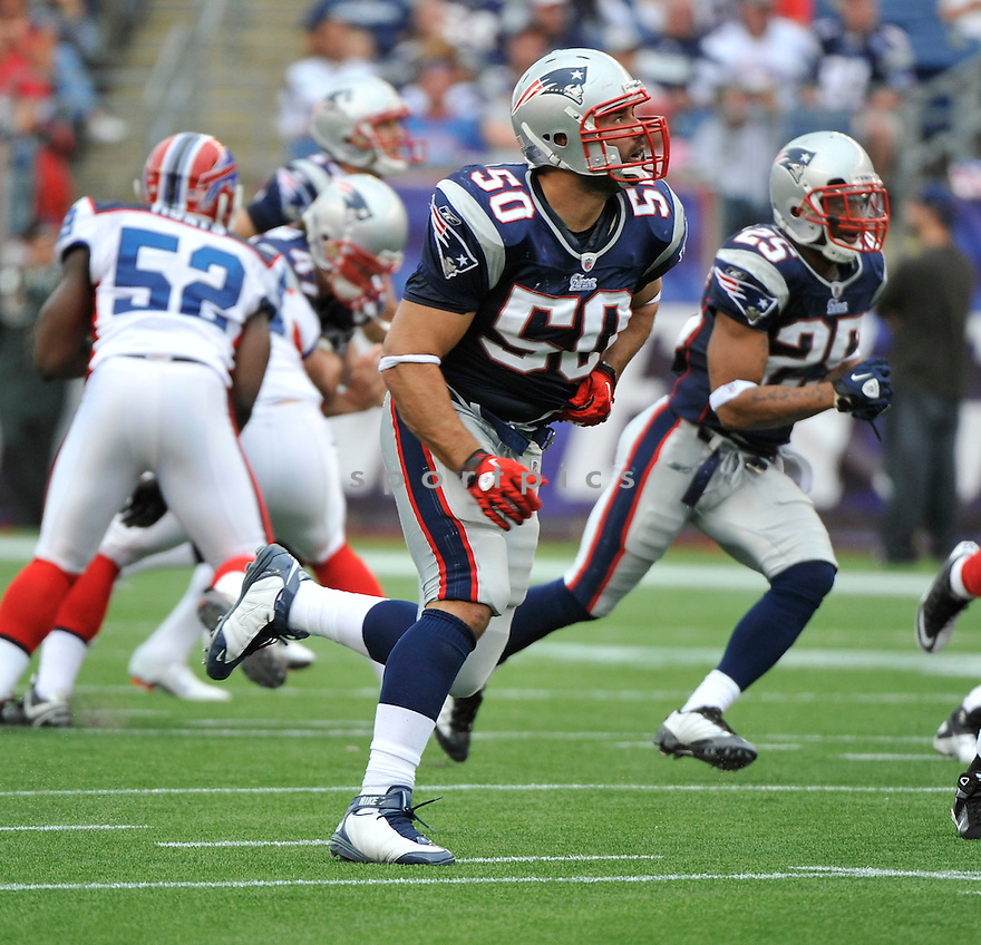 ROB NINKOVICH, of the New England Patriots,  in action during the Patriots  game against the Buffalo Bills on September 26, 2010 at Gilette Stadium in Foxboro, Massachusetts..Patriots defeated the Bills 38-30