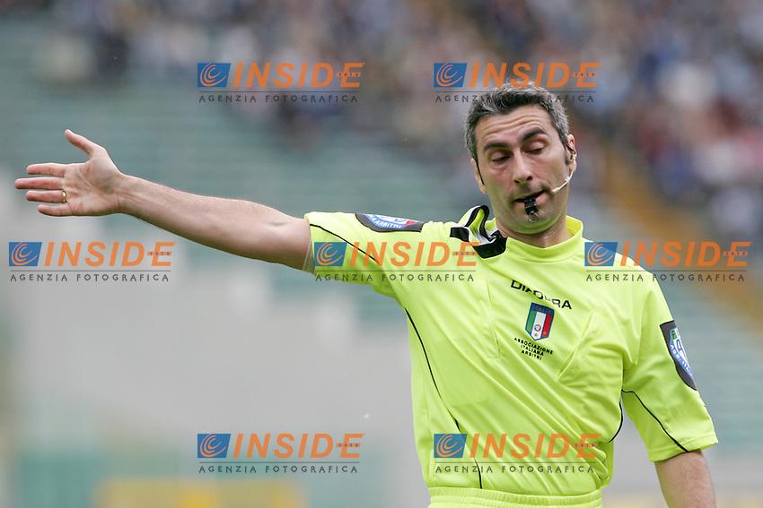 L'arbitro Dondarini<br /> Italian &quot;Serie A&quot; 2006-07 <br /> 6 May 2007 (Match Day 35)<br /> Lazio-Livorno (1-0)<br /> &quot;Olimpico&quot; Stadium-Roma-Italy<br /> Photographer Andrea Staccioli INSIDE