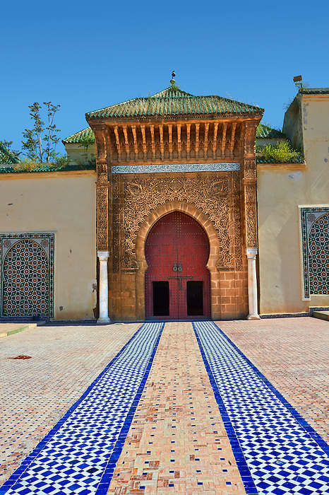 Entrance to the mauseleum of Moulay Ismaïl Ibn Sharif , reigned 1672–1727. A UNESCO World Heritage Site .Meknes, Meknes-Tafilalet, Morocco.