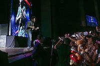 SAO PAULO, 28 DE MARÇO DE 2013. SHOW GUSTTAVO LIMA. O cantor sertanejo Gusttavo Lima durante show no Credicard Hall na noite desta quinta feira. No roteiro do show o terceiro projeto do artista, o DVD Gusttavo Lima Ao Vivo Em São Paulo, gravado em abril de 2012. FOTO ADRIANA SPACA/BRAZIL PHOTO PRESS