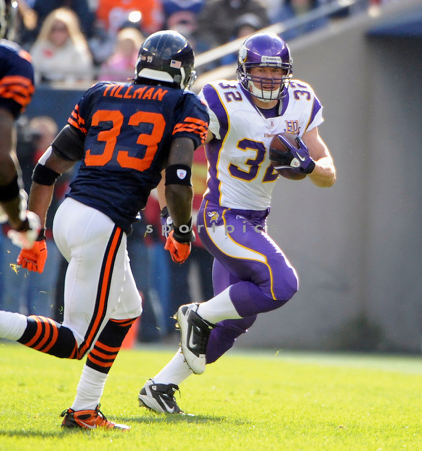 TOBY GERHART, of the Minnesota Vikings, in action  during the Vikings game against the Chicago Bears on November 14, 2010 at Soldier Field in Chicago, IL...Bears won 27-13..