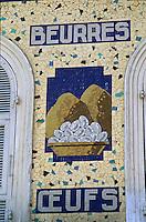 Europe/France/Provence-Alpes-Côte d'Azur/06/Alpes-Maritimes/Nice: Cours Saleya - Marché - Détail de l'enseigne d'une boutique