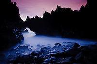 """Arch stone in """"Los hervideros"""", south-west of Lanzarote, Lanzarote Island, Canary Islands, Spain."""
