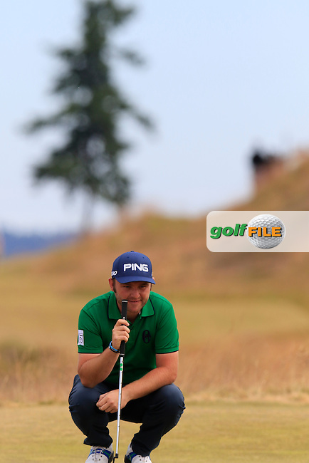 Andy SULLIVAN (ENG) on the 17th green during Thursday's Round 1 of the 2015 U.S. Open 115th National Championship held at Chambers Bay, Seattle, Washington, USA. 6/18/2015.<br /> Picture: Golffile | Eoin Clarke<br /> <br /> <br /> <br /> <br /> All photo usage must carry mandatory copyright credit (&copy; Golffile | Eoin Clarke)