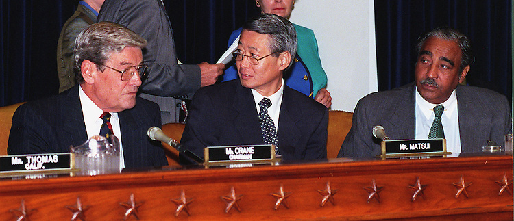 9-30-97.WAYS AND MEANS--Chairman Philip M. Crane,R-Ill.,ranking member Robert T. Matsui,D-Calif., and Charles B. Rangel,D-N.Y.,before the start of the Ways and Means trade subcommittee hearing..CONGRESSIONAL QUARTERLY PHOTO BY DOUGLAS GRAHAM