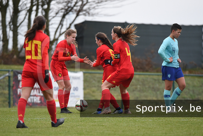 20190206 - TUBIZE , BELGIUM : Belgian players celebrating the goal of jarne Teulings pictured during the friendly female soccer match between Women under 17 teams of  Belgium and The Netherlands , in Tubize , Belgium . Wednesday 6th February 2019 . PHOTO SPORTPIX.BE DIRK VUYLSTEKE