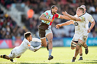 Aaron Morris takes on the Wasps defence. Aviva Premiership match, between Harlequins and Wasps on February 11, 2018 at the Twickenham Stoop in London, England. Photo by: Patrick Khachfe / JMP