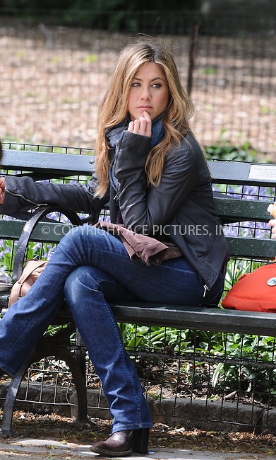 WWW.ACEPIXS.COM . . . . . ....May 14 2009, New York City....Actress Jennifer Aniston was on the Cenral Park set of the new movie 'The Baster' on May 14 2009 in New York City....Please byline: AJ SOKALNER - ACEPIXS.COM.. . . . . . ..Ace Pictures, Inc:  ..tel: (212) 243 8787 or (646) 769 0430..e-mail: info@acepixs.com..web: http://www.acepixs.com