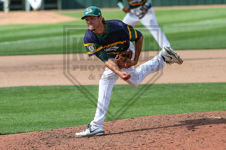 BELOIT - September 2014: Joel Seddon (21) of the Beloit Snappers during a game against the Wisconsin Timber Rattlers on September 1st, 2014 at Pohlman Field in Beloit, Wisconsin.  (Photo Credit: Brad Krause)