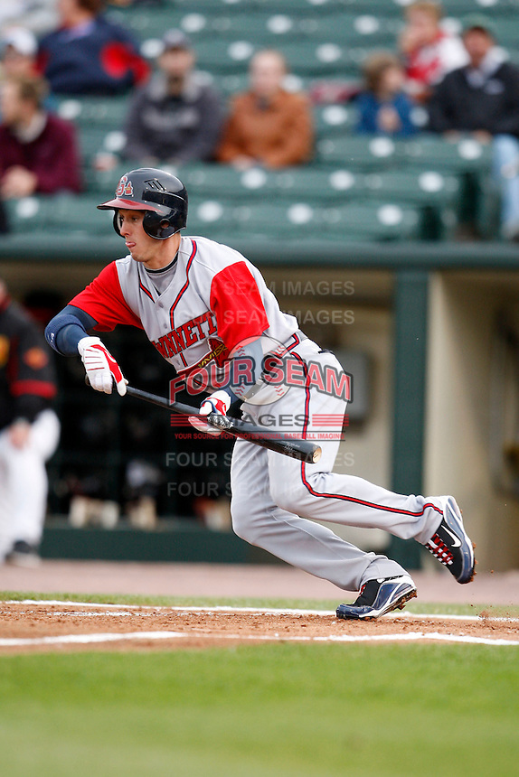 June 3, 2009:  Center Fielder Jordan Schafer of the Gwinnett Braves bunts the ball during a game at Frontier Field in Rochester, NY.  The Gwinnett Braves are the International League Triple-A affiliate of the Atlanta Braves.  Photo by:  Mike Janes/Four Seam Images