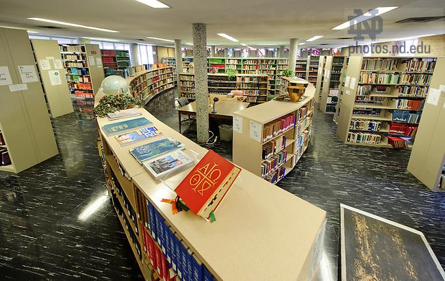 Feb. 12, 2013; Moreau Seminary library...Photo by Matt Cashore/University of Notre Dame