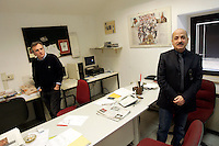 Redazione dell'Osservatore Romano, Citta' del Vaticano, 10 marzo 2009. Sulla destra, Giuseppe Fiorentino, caposervizio degli Esteri..Foreign senior editor Giuseppe Fiorentino, at right, in the editorial office of the Vatican newspaper L'Osservatore Romano, Vatican City, 10 march 2009..UPDATE IMAGES PRESS/Riccardo De Luca